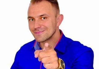 Mariusz Kubis coach