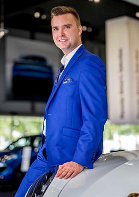 Robert Pieciułko, lider FM World portret