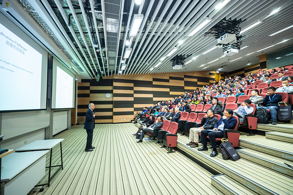 Jak być dobrym i profesjonalnym mówcą?