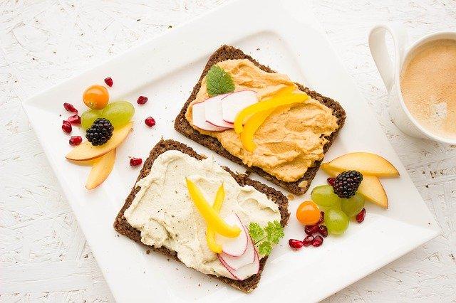 pożywne, zdrowe śniadanie